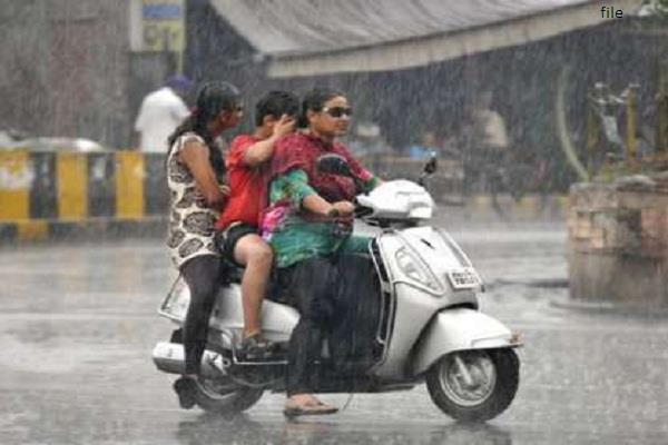heavy rains in punjab haryana water logging at many places