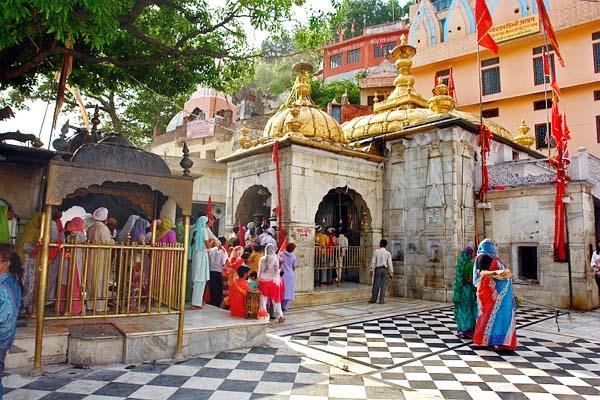 jwalamukhi temple  11 million  gift