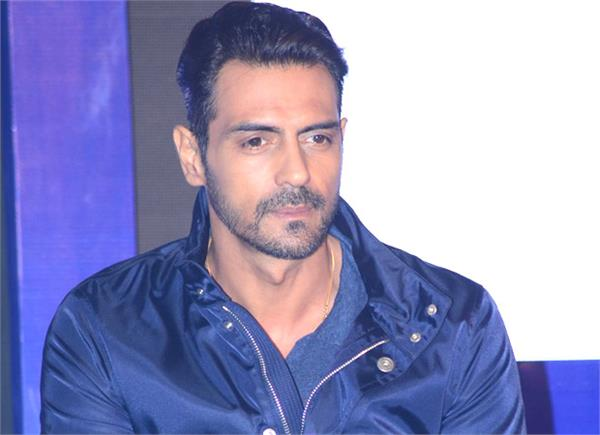 arjun rampals brother in law is arrested in betting case