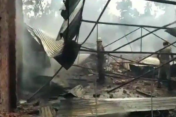 one killed 12 others injured in fireworks factory fire