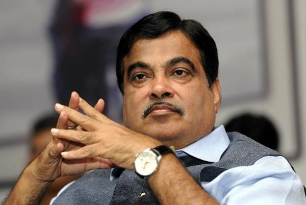 gadkari are trapped on the issue of video