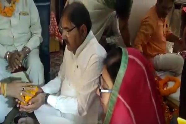 abhay chautala reached mansa devi darbar