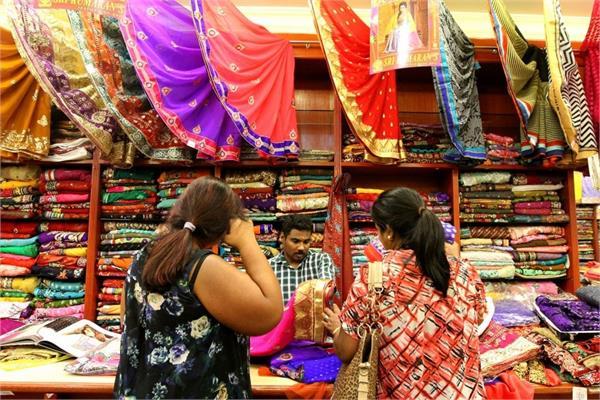 learn how you can enjoy huge savings on deepawali s shopping