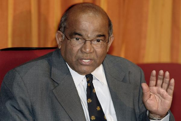 dual control by centre rbi a problem in banking industry