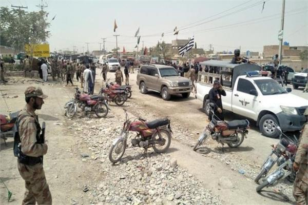 pakistan attack on convoy of quetta 2 killed 3 injured