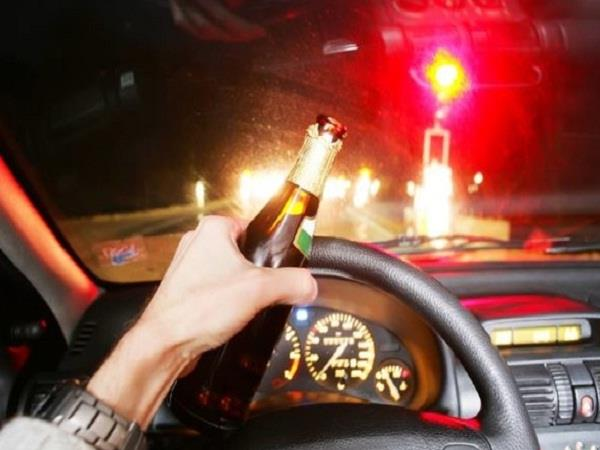 3 people who drank alcoholic drinks imposed fine