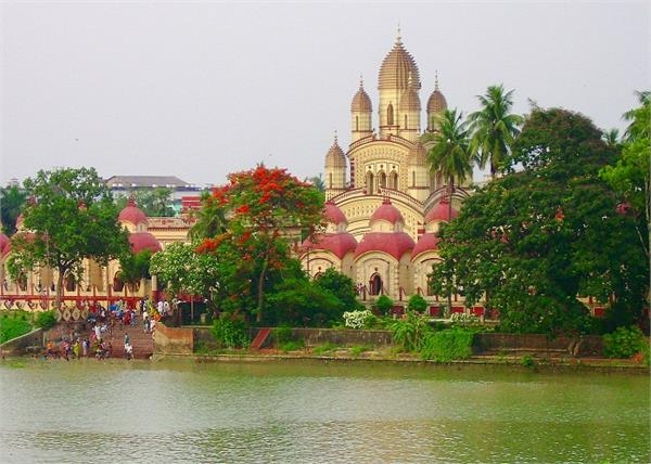 नवरात्र स्पेशल: भारत के 5 प्राचीन देवी मंदिर