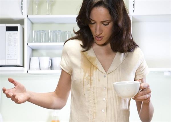 बेकिंग सोडा से हटाएं कपड़ों के जिद्दी दाग, जानिए और असरदार तरीके