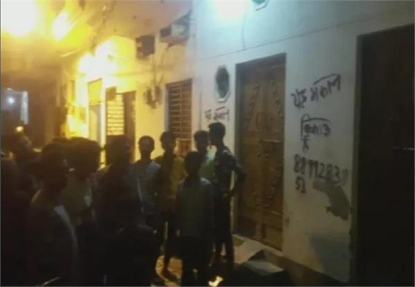 delhi police unearth illegal factories in meerut