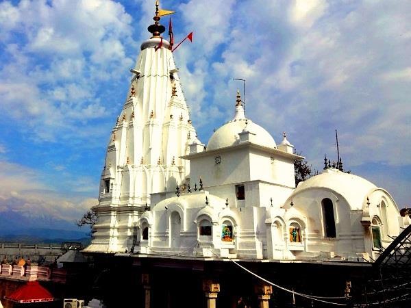 housands of pilgrims set siege in the temple of mata bageshwari
