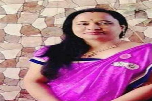 ghaziabad murder of a female doctor with sharp weapons