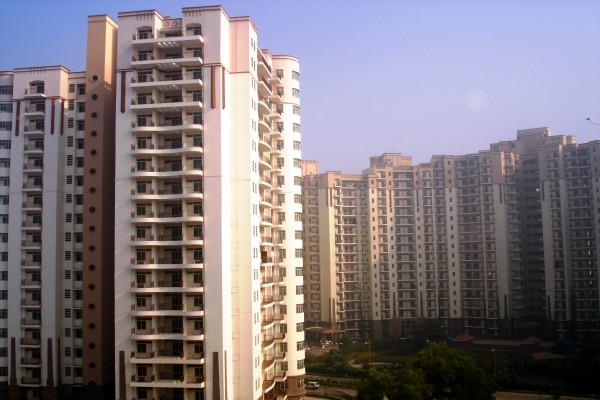 10 lakh new flat to be built in delhi