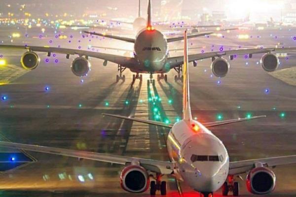 mumbai airport airlines runway passengers