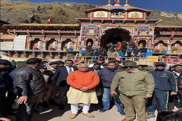cm khattar who arrived to visit shri badrinath dham