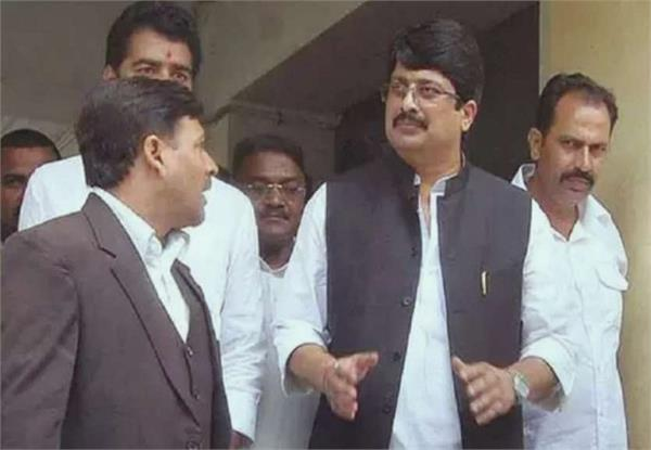 raja bhaiya went to keshav maurya s house