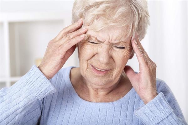 एेसे 5 कारण जो बढ़ाते है दिमाग में सूजन का खतरा