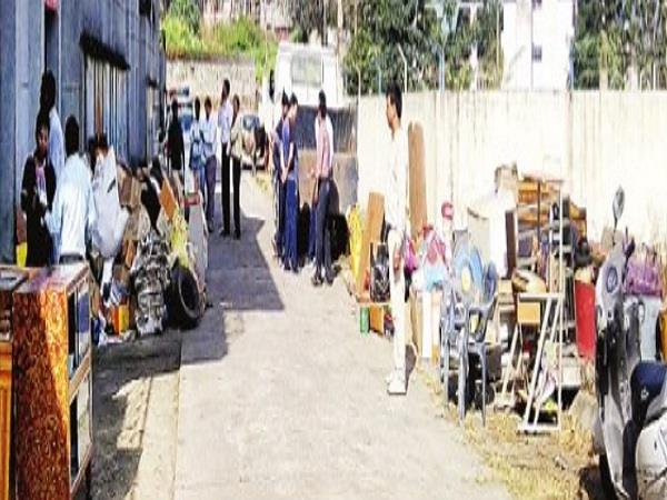 bbmb the house vacated with the help of police