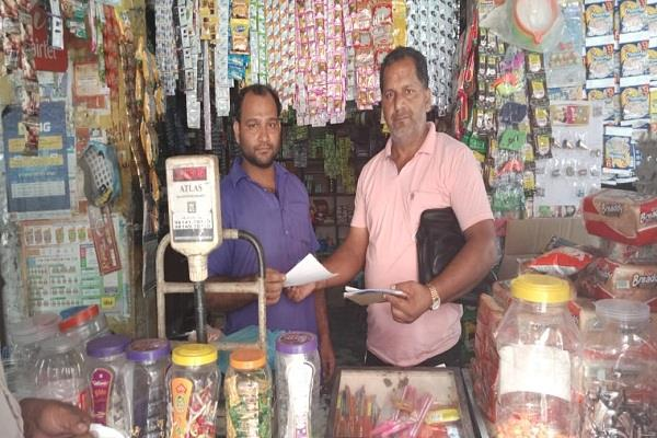 5 shopkeepers  tax invoices under the tobacco act
