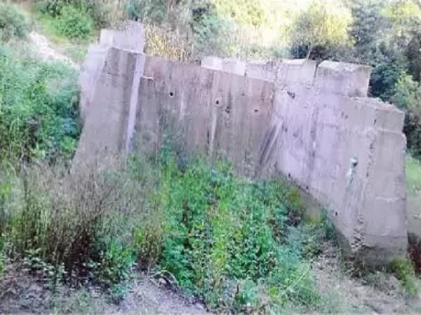 department s risky bridge handover to the public