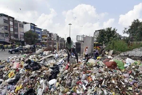 delhi cleanliness situation extraordinarily bad