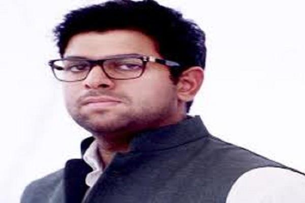 digvijay chautala detained before pm modi s arrival