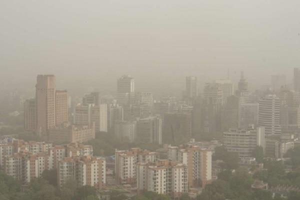 hazardous pollution in delhi