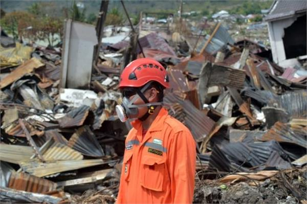 indonesia search operation closed after earthquake and tsunami