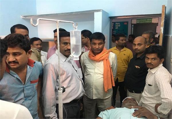 salesmen injured in a shootout of amethi