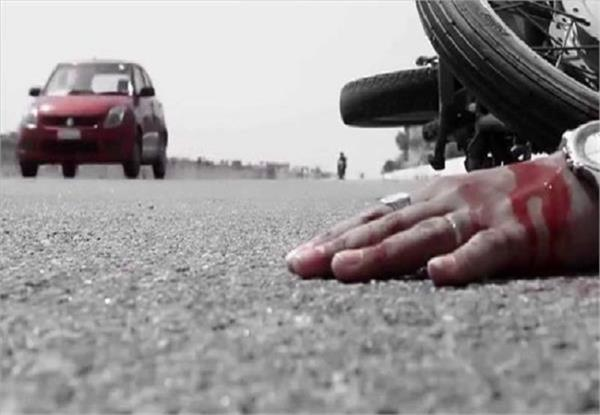 four people killed in motorcycle and truck collision in jhansi