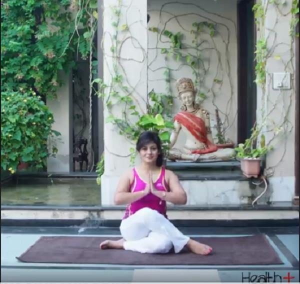 yoga to strengthen hands and wrist