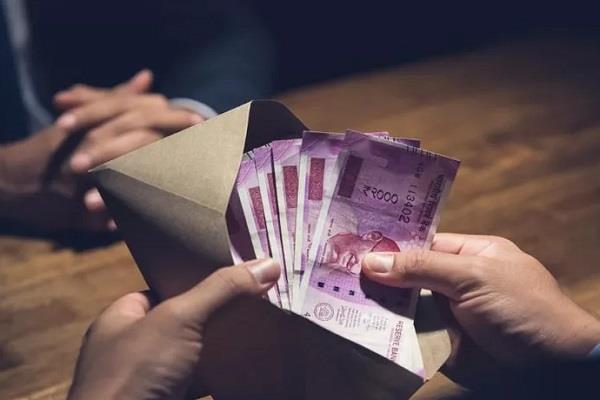 sdm caught with cash of 2 lakh bribe lokayukta s raids