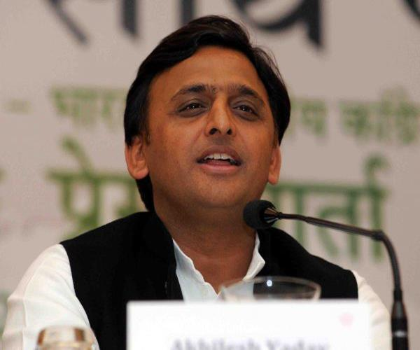 akhilesh information about up schemes given to mp voters