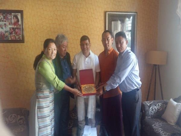 tibetan mps honored rajendra rana in chandigarh