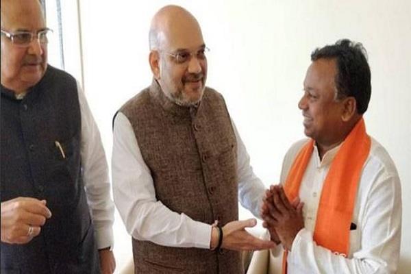 ramdayal uike joined bjp