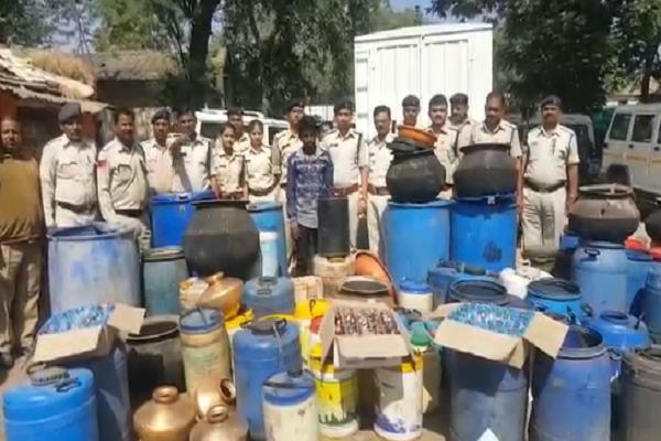 shameful hands of bjp leaders in illegal liquor business