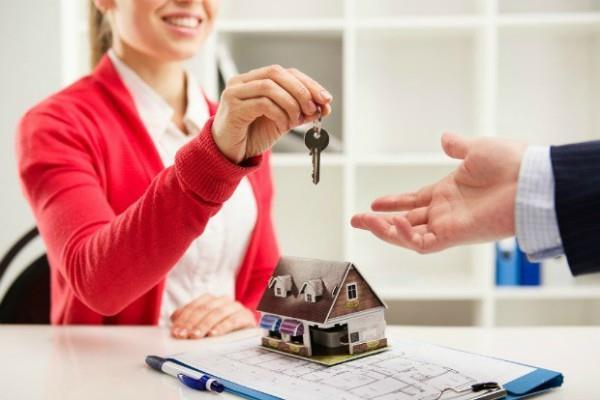 nris buying cheap property by falling rupee