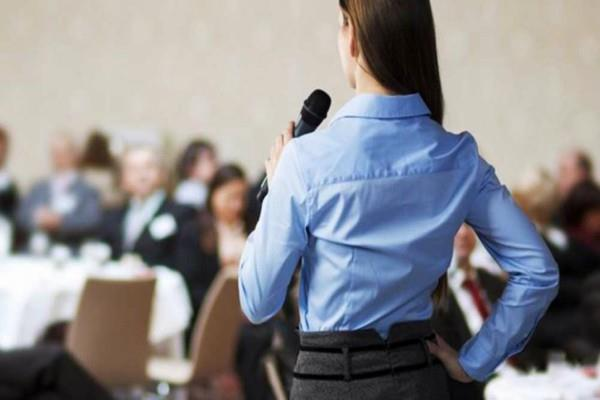 follow these tips to avoid the fear of public speaking