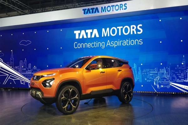tata motors posts rs 1 009 cr loss for july sept
