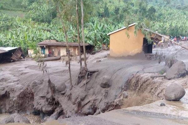 ugandan landslide killed 31 people