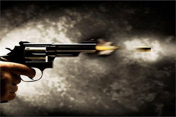 shot dead connection illegal relations 2 brothers injured
