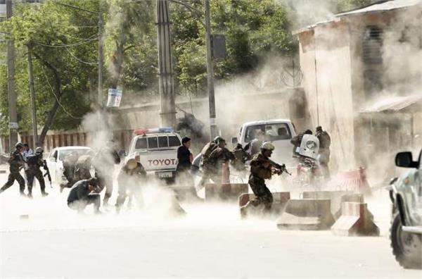 2 policeman killed in kabul twin blasts