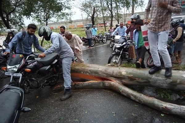road from yamuna nagar to kurukshetra completely disrupted