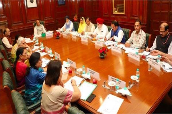 exemption from wearing helmet for sikh women in chandigarh