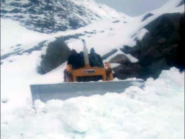 department work to connect the pangi vally from world