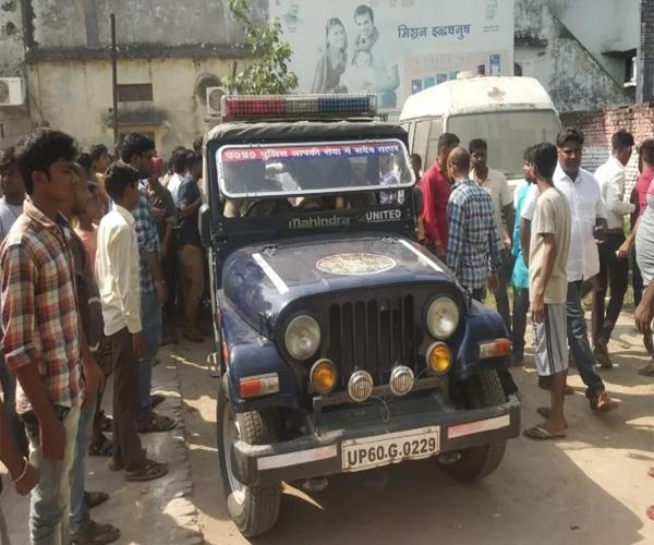 students attacked college in jai of bharat mata 4 seriously injured