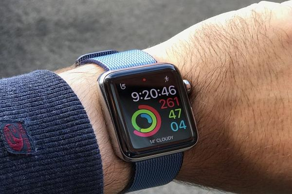 apple watch saved a man from going to the mouth of death