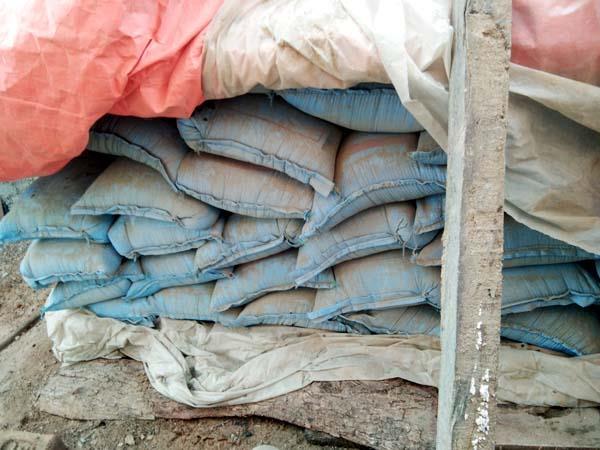 34 sacks of government becomes stone