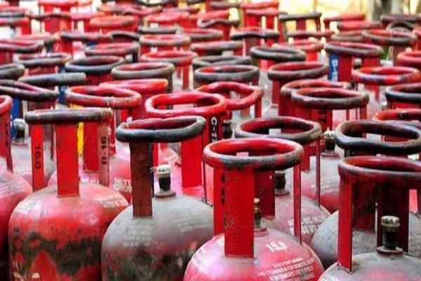 subsidized gas cylinder rs 2 94 non subsidy 60 costly