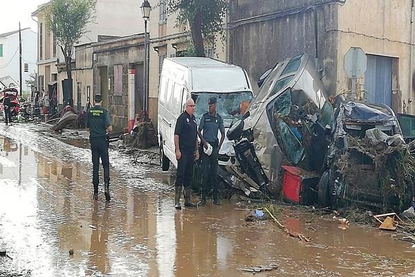 9 people killed in floods in malarsa island of spain