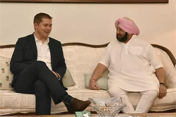 canada opposition leader andrew sheer meets with chief minister captain